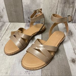 New Crevo Pansey Taupe Leather Sandals Size 8